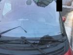 Poškozená auta v ulici Jungmannova v Jablonci nad Nisou