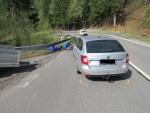 Nehoda na silnici nad Desnou směrem do Kořenova