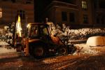 Večerní úklid sněhu v Jablonci nad Nisou 10. ledna 2019