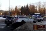 Nehoda dvou aut se zraněním přímo na Palacké třídě v Jablonci