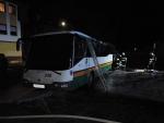 Požár autobusu v centru Liberce v ulici Americká