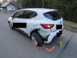 Nabouraná auta při honičce Jabloneckem