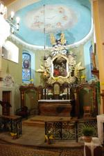Oltář po obnově