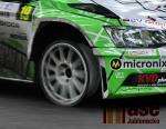 defekt přední pneumatiky
