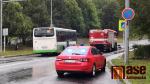 Srážka hasičského vozu s osobním autem v Jablonci nad Nisou