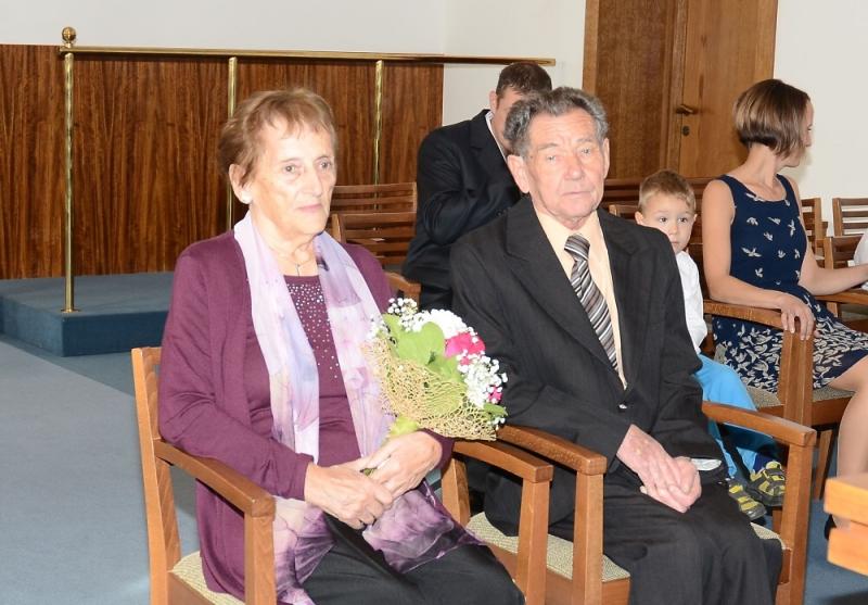 Manželé Vodičkovi oslavili na jablonecké radnici diamantovou svatbu
