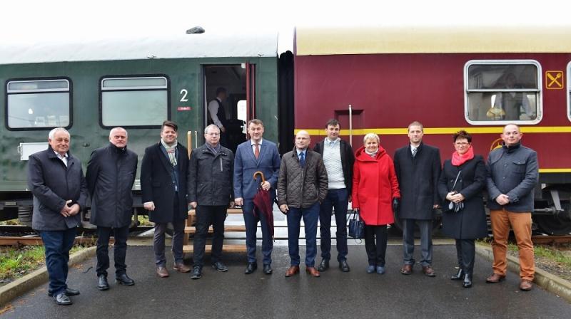 Podepsání prohlášení u příležitosti oslav 160. výročí železničního spojení Liberec - Žitava v polském Porajówě