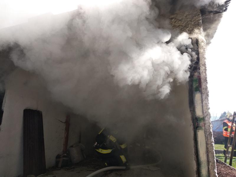 Požár garáží v Liberci<br />Autor: HZS Libereckého kraje