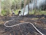 Požár klestí v obci Bulovka