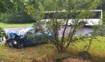 Srážka autobusu s osobním autem v liberecké ulici Kunratická