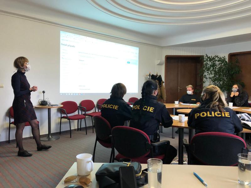 Policisté z Libereckého kraje budou zjišťovat rizikové kontakty lidí nakažených Covid-19