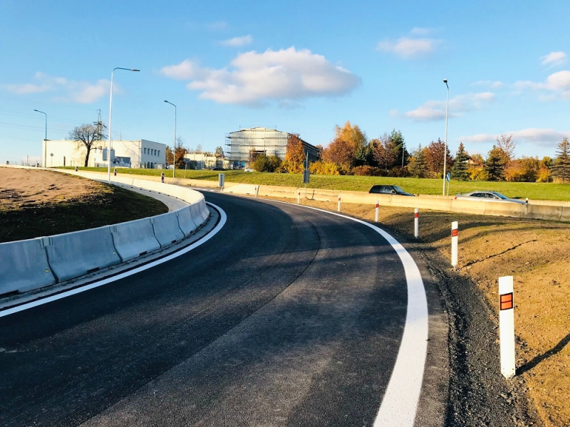 Rekonstruovaná okružní křižovatka v libereckých Kunraticích<br />Autor: Archiv KÚ Libereckého kraje