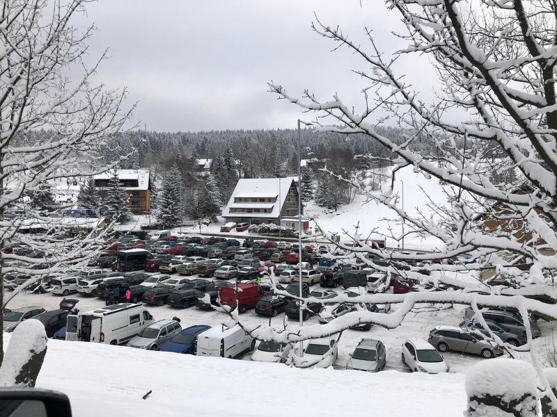 Centrální parkoviště v Bedřichově v sobotu 9. ledna 2021<br />Autor: Archiv Policie ČR