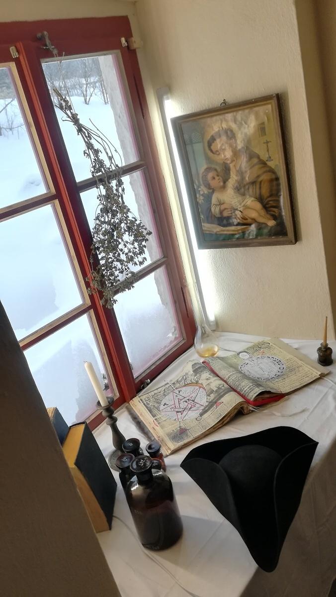 Výstavní okénka v Kittelově muzeu