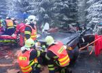 Dopravní nehoda dvou osobních vozidel před obcí Dolní Černá Studnice