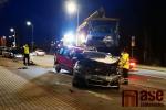 Odtahování šesti poškozených aut