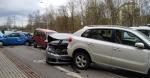 Šest poškozených aut v liberecké ulici Dobiášova